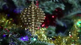 noel ağacı : Beautiful christmas tree with decorative chritmas toys