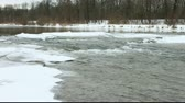 munique : Isar - River through Munich in the winter time