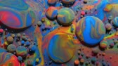 dönüşüm : Abstract Pattern Chemical Reaction Texture Liquid Paint Motion Bubble In Water Color Blue. Colorful Bubbles In Beautiful Universe Multicolor. Space Universe, Fantastic Hypnotic Surface. Closeup.