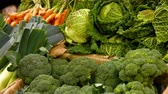 frondoso : Close-up of vegetables in organic section of supermarket 4k