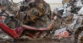 disposição : Modern excavator machine being operated in the junkyard 4k Stock Footage