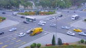 imagens : Kaohsiung, Taiwan - June, 2007: Busy Scene Of Traffic At An Intersection Duri