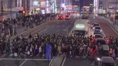 sétálóutca : Shinjuku, japan-04 06 2019: crowded Street Of The District Of Shinjuku At Night
