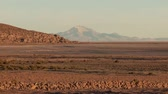 andy : Video footage of a landscape on the Altiplano in the Andes of Bolivia in the early morning Dostupné videozáznamy