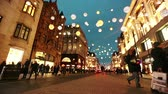 circo : LONDON, UK - NOVEMBER 23, 2015: Oxford street with Christmas lights and traffic. It is one of the busiest street of the capital city of England, and during Christmas time it becomes magic and fairy. Vídeos