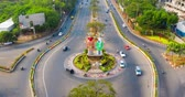 loutka : JAKARTA, Indonesia - October 12, 2018: Aerial hyperlapse shot of Ondel-Ondel Monument in Jakarta city, Indonesia. Shot in 4k resolution