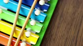 çekiç : Musical instrument xylophone. Rainbow colored toy xylophone.