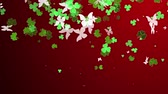 трилистник : Shamrock. St. Patricks Day red leaves background. Patrick Day backdrop with growing shamrock leaves close-up. Patrick Day pub party.