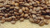 makro : Coffee grains closeup on fabric
