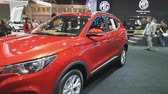 kupé : NONTHABURI - MARCH 26: MG ZS car on display at The 40th Bangkok International Thailand Motor Show 2019 on March 26, 2019 Nonthaburi, Thailand. Dostupné videozáznamy