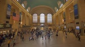 bahnhofshalle : New York, USA - 10. Mai 2018: Pendler bei Grand Central Station in New York