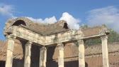 article : Handrians Villa, Rome, doric pillars in archeological site