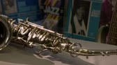 saksofon : A musical instrument is a saxophone Wideo