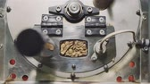 aparelho : Coffee roasting machine from above