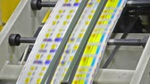manchete : Newspapers Printing (Loop) - Stock Video. Newspapers coming off the printing press. Seamless looping video.