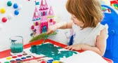 paint : Little girl draws paints Stock Footage
