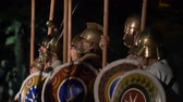 yunan : The Macedonian phalanx, a greek infantry formation, executing complex maneuvers during the reenactment 'Back In Time' on July 29, 2017 in Arezzo (Italy) Stok Video