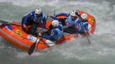 jangada : The Russian Federation Under 23 men's rafting team in the training on the Dora Baltea river during World Rafting Championship on 23 July 2018, Ivrea (Italy) Vídeos