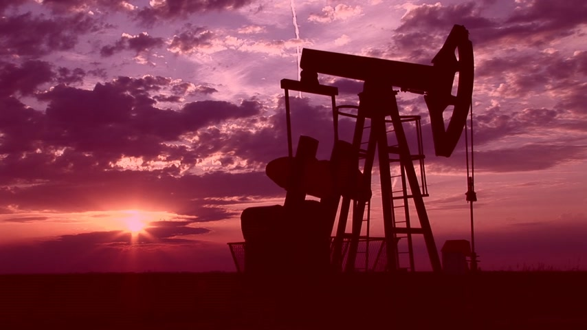 pompki : Oil Pump Jack at Sunset Wideo