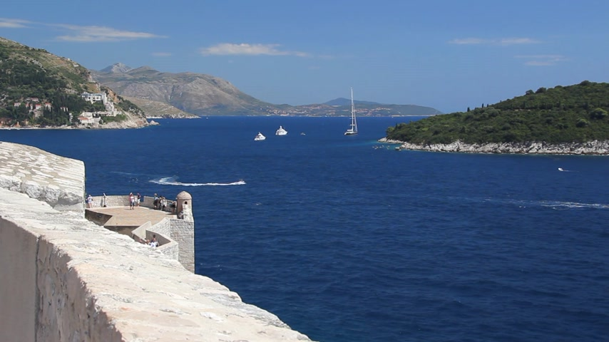 hırvatistan : Old City of Dubrovnik, Croatia, sea ​​view from the old fortress Stok Video