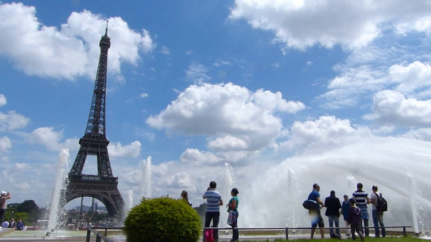 francja : The Eiffel Tower And Fountain, Paris France Wideo