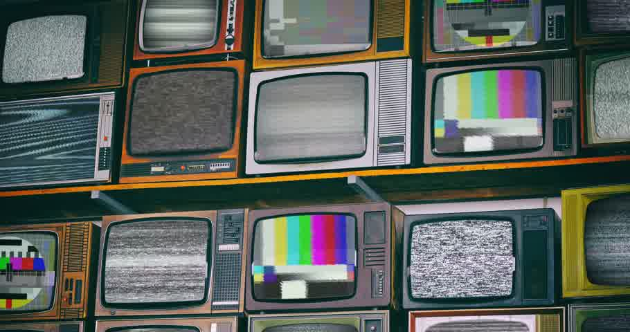 аналог : Wall of old wooden TV screens with test signal and black and white static noise caused by bad signal reception