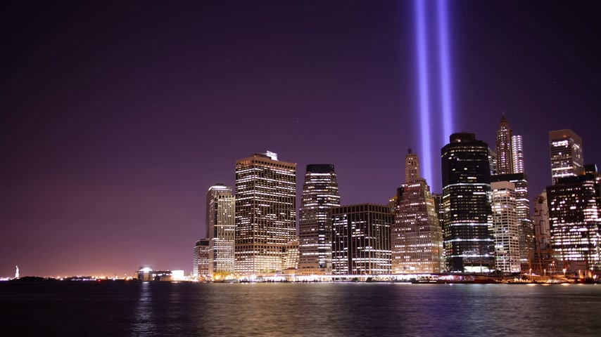 new world : brooklyn view on memorial towers of light 4k time lapse from new york city