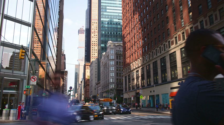 new world : uptown manhattan traffic street 4k time lapse from new york city Stock Footage