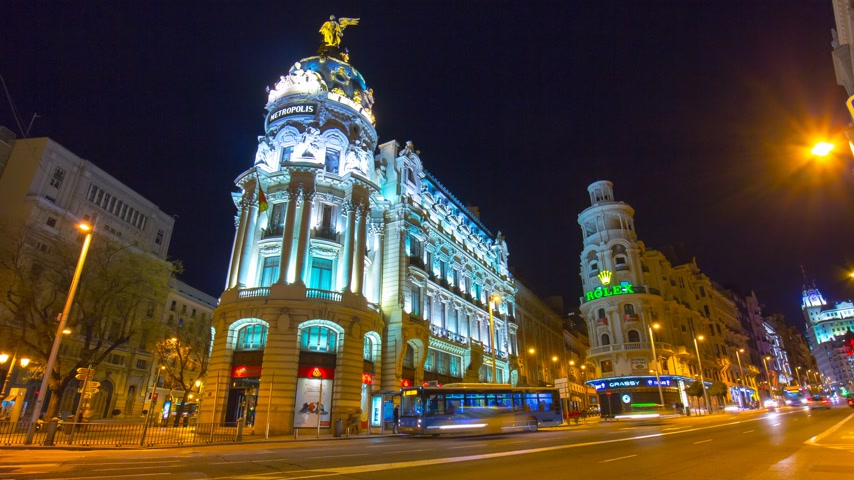 madryt : madrid night light metropolis hotel traffic street view 4k time lapse spain Wideo