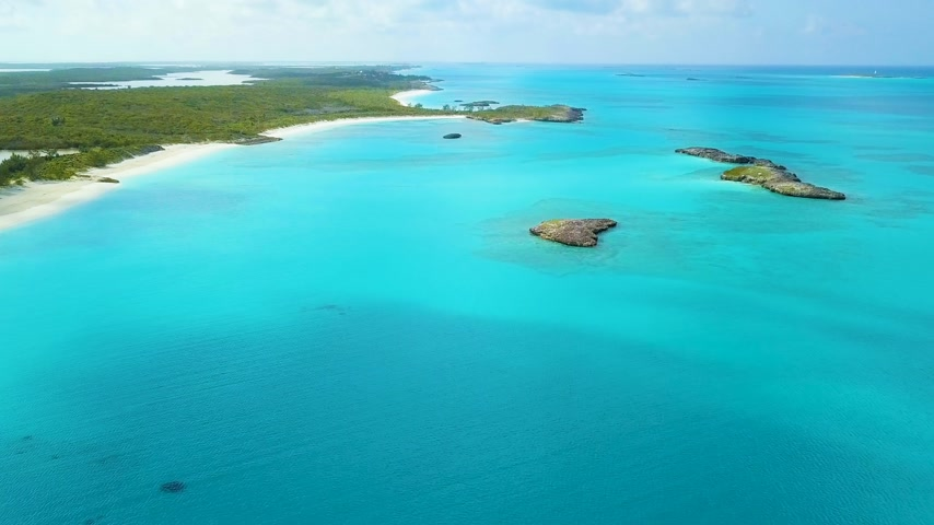 정박 : aerial view of Exuma at the Bahamas. summer vacation