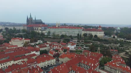 Čechy : Aerial view on the Prague Castle overlooking the Palace Gardens
