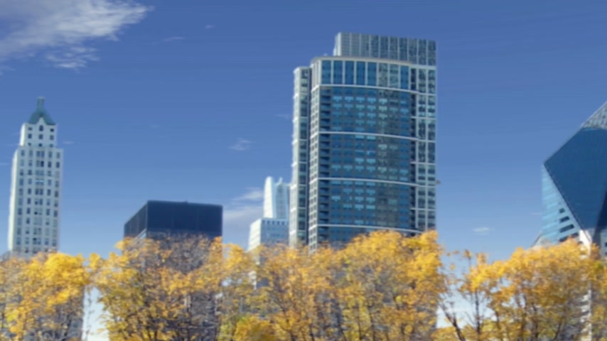 kitalálás : UFO Animation with alien spaceship flying around the Chicago skyline, and ending with a fake static
