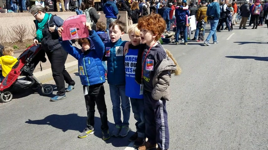 amendment : WASHINGTON, DC - MARCH 24, 2018: Young people chanting their support for the March For Our Lives, a student-led demonstration with over 800 sibling events throughout the United States, done in collaboration with nonprofit organizations, asking for respons