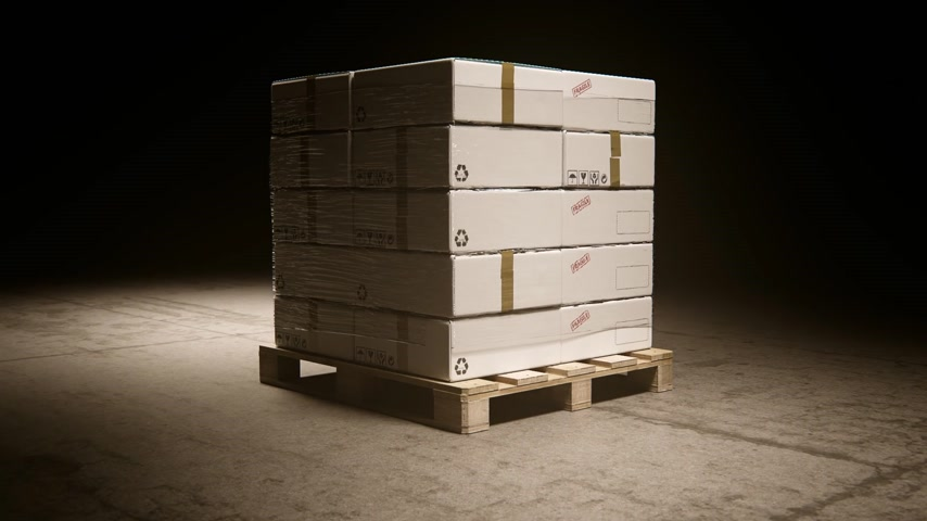 щит : 02051 Stack Of Cardboard Boxes On Wooden Pallet In Warehouse
