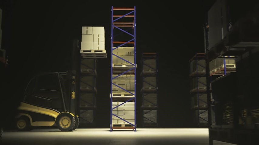 máquina : 02066 Forklift Truck Placing Stack Of Cardboard Boxes In Warehouse Stock Footage