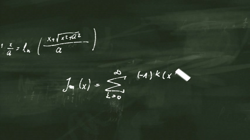 eşitlik : Animation presents mathematical formulas writing on a green board by moving chalk. Stok Video