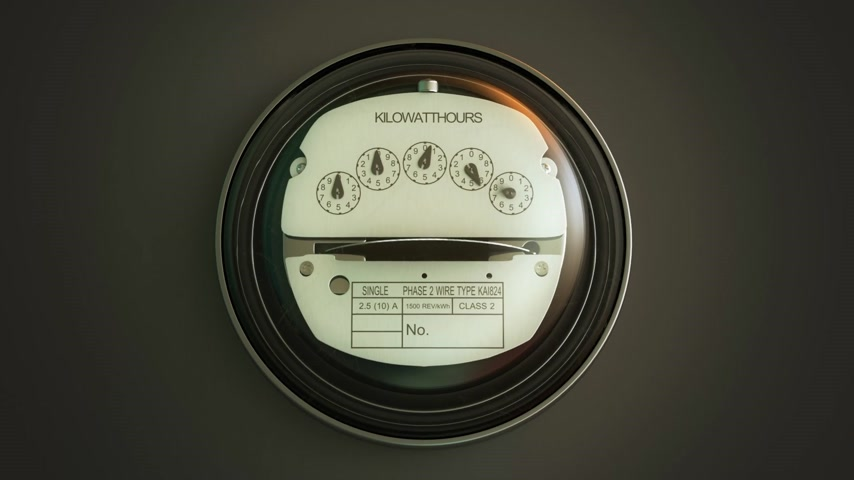 elétrico : Typical residential analog electric meter with transparent plactic case showing household consumption in kilowatt hours. Electric power usage. Stock Footage