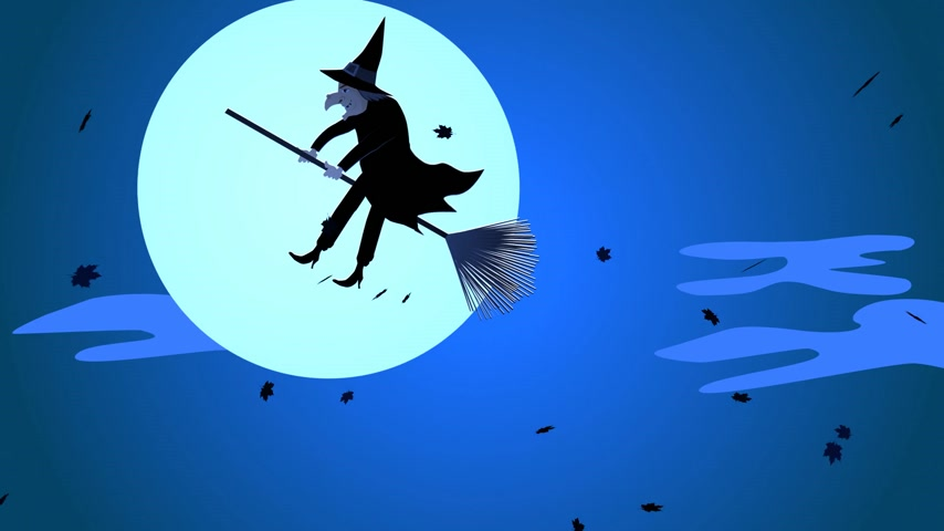 ведьма : Halloween Witch Flying On A Broomstick Against A Full Moon At Night Стоковые видеозаписи