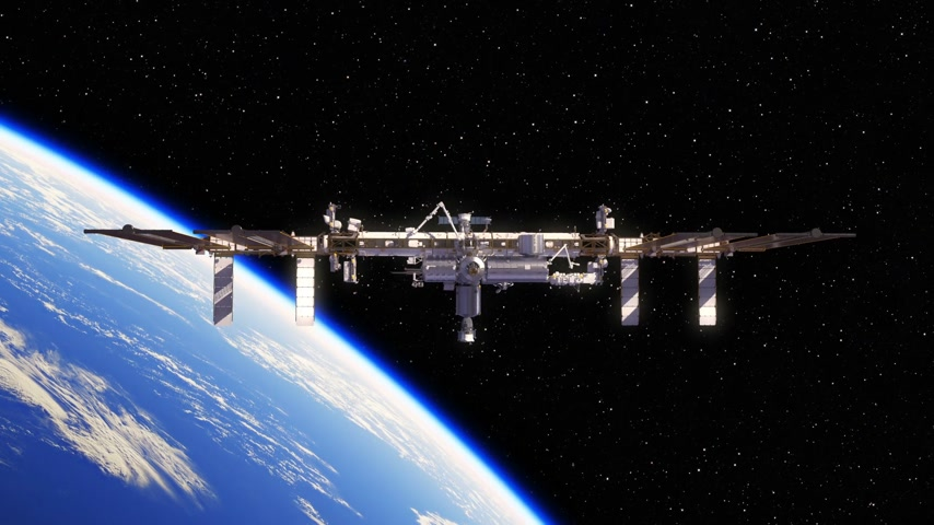 экипаж : Cargo Spaceship Is Preparing To Dock With International Space Station