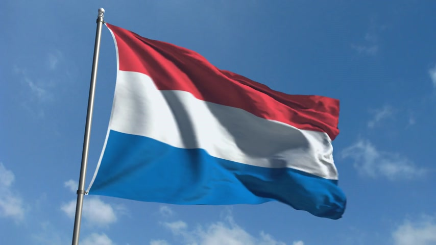 holandês : Flag of Holland - Waving Over Time Laps Sky