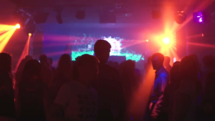 barmetro : Young people having fun dancing at party. Stock Footage