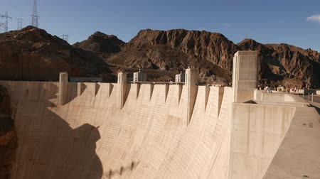 maravilhoso : Impressive wall of Hoover Dam in 4k Stock Footage