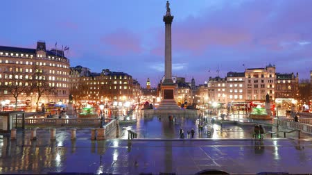 londra : Trafalgar Square London - amazing evening time lapse