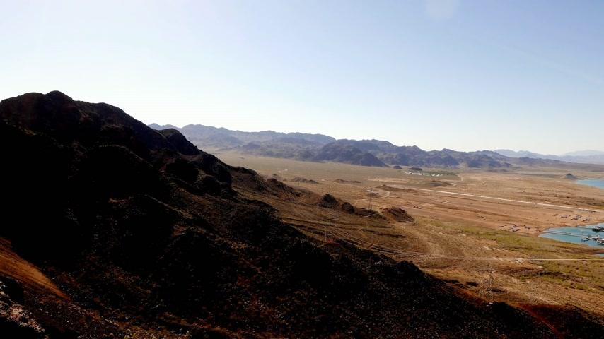 maravilha : Wide angle shot of Lake Mead on a sunny day in 4k. Stock Footage