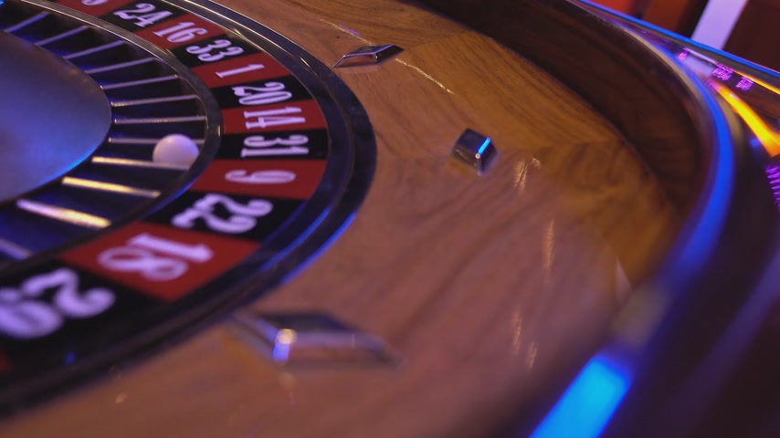 patins : Roulette Wheel in a casino - on 31 black ball
