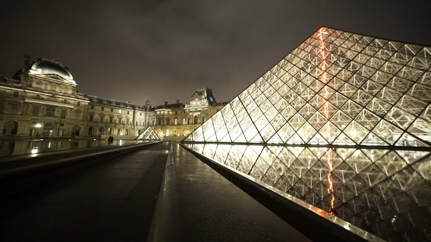 french metro : The glass pyramids at the Louvre museum - PARIS, FRANCE