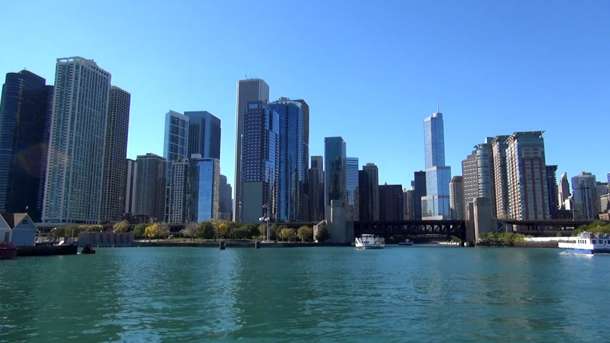 geográfico : Chicago Skyline from Chicago River - CHICAGO, ILLINOIS  USA