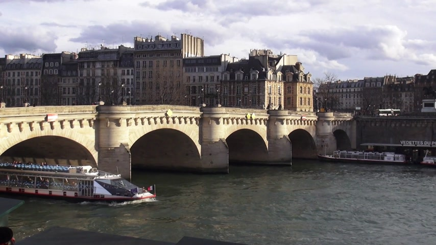 french metro : Sightseeing boat on Seine river in Paris - PARIS, FRANCE MARCH 30, 2013