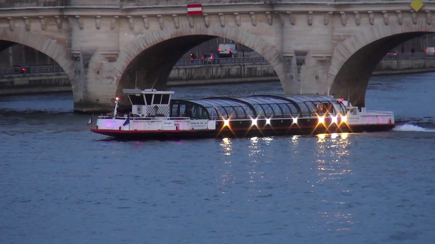 french metro : Sightseeing boat on River Seine in Paris - PARIS, FRANCE MARCH 30, 2013