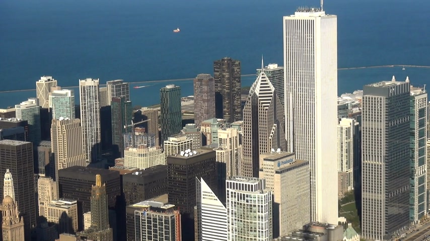 geográfico : City of Chicago daylight aerial shot - CHICAGO, ILLINOIS  USA Stock Footage